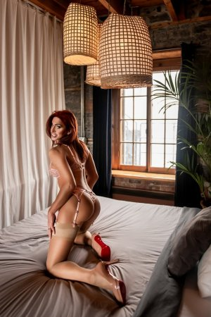 Marie-delphine meet for sex in Springboro Ohio