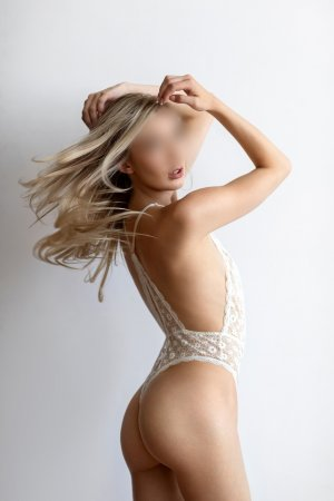 Lyliana adult dating in Woodmere LA